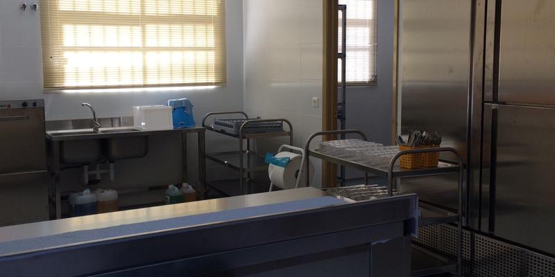 Photo of El comedor del Colegio La Paloma ofrece las primeras comidas