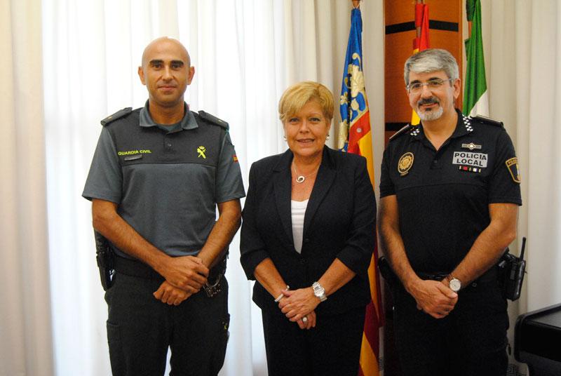 Photo of La alcaldesa se reúne con el nuevo Comandante de Puesto la Guardia Civil