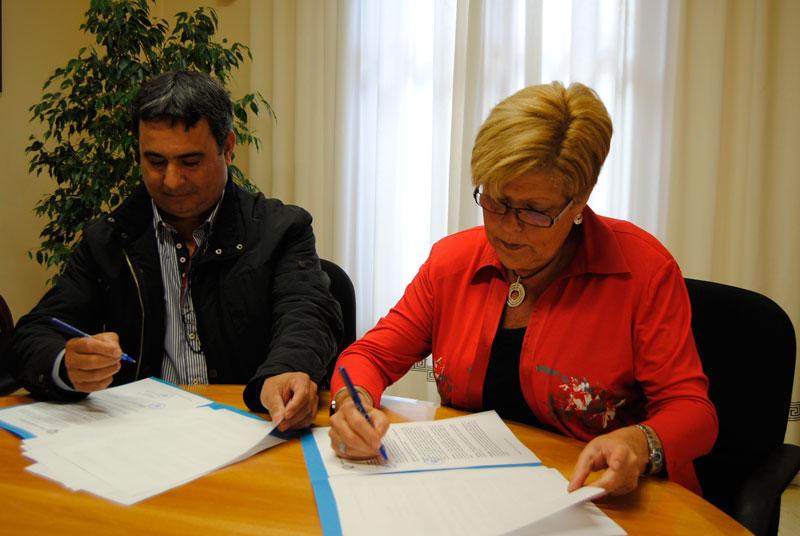 Photo of Firma del convenio con la asociación Capaz en Novelda
