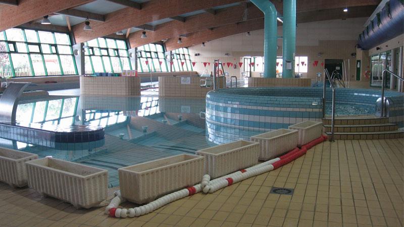 La piscina tom s mart nez urios duplica su asistencia en for Piscina walker martinez