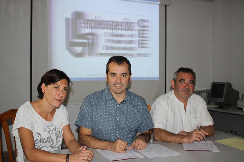 Photo of Convenio de colaboración entre el Ayuntamiento de Aspe y EmpleoAspe.Disc