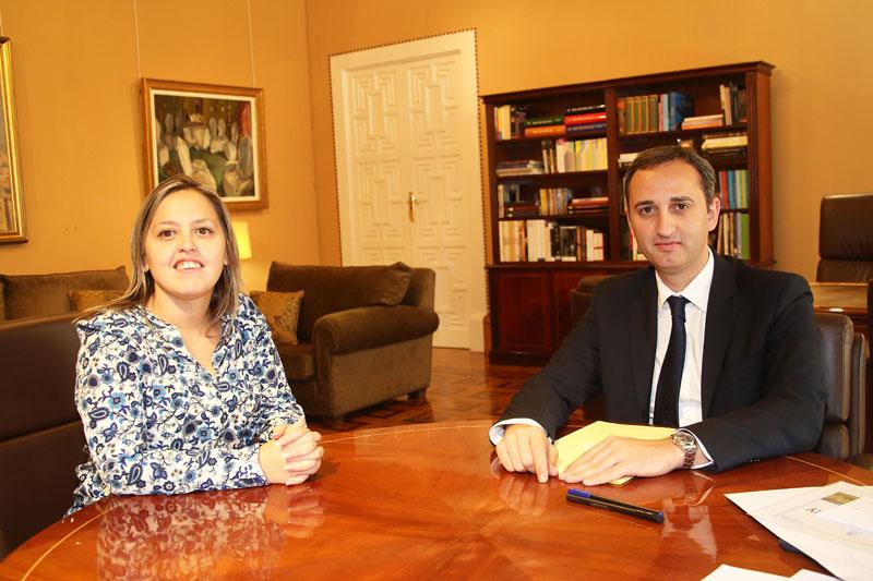 Photo of La alcaldesa de Monforte se reúne con el presidente de la Diputación