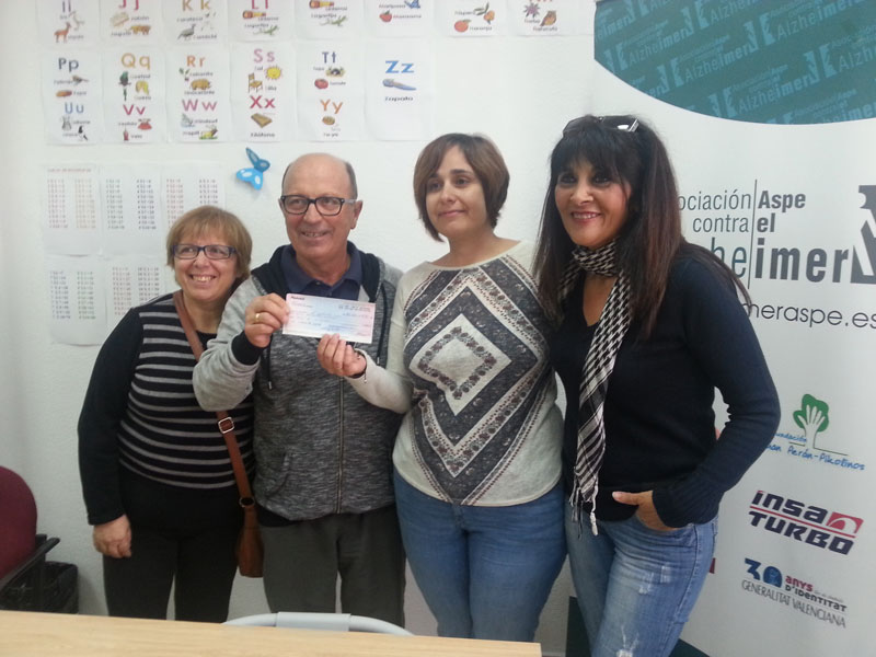 Photo of Mujeres por Aspe entrega 1.200€ a Aspe contra el Alzheimer