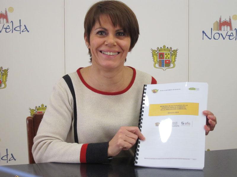 Photo of La concejala de Comercio de Novelda presenta el balance de la AFIC