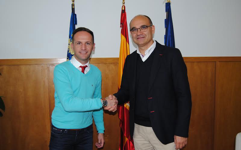 Photo of #Pinoso y la Universidad de Alicante acuerdan crear un Aula Universitaria