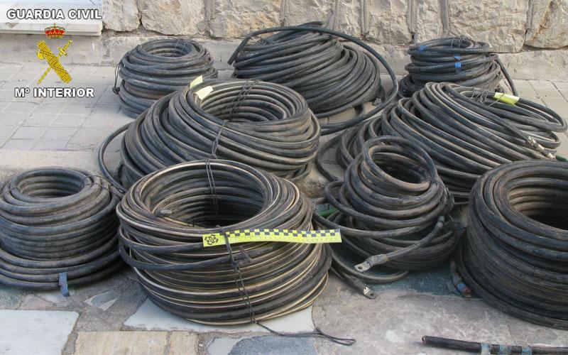 Photo of #Agost. Detenidos los presuntos autores del robo de tres toneladas de cable de cobre