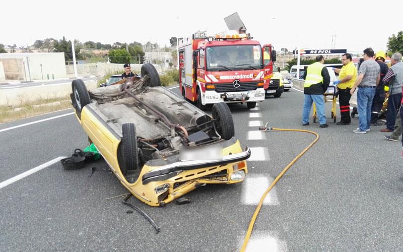 Photo of #Aspe – Tres heridos en un accidente de tráfico en la carretera de Aspe a Elche