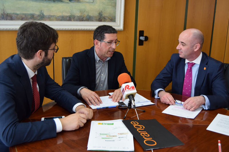 Photo of #Petrer – La EOI y Orange impulsan el emprendimiento y la economía digital local