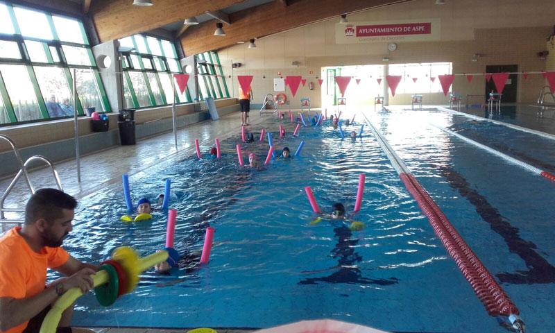 Photo of #Aspe – Comienza el plazo de renovación de los cursos de natación de la piscina municipal