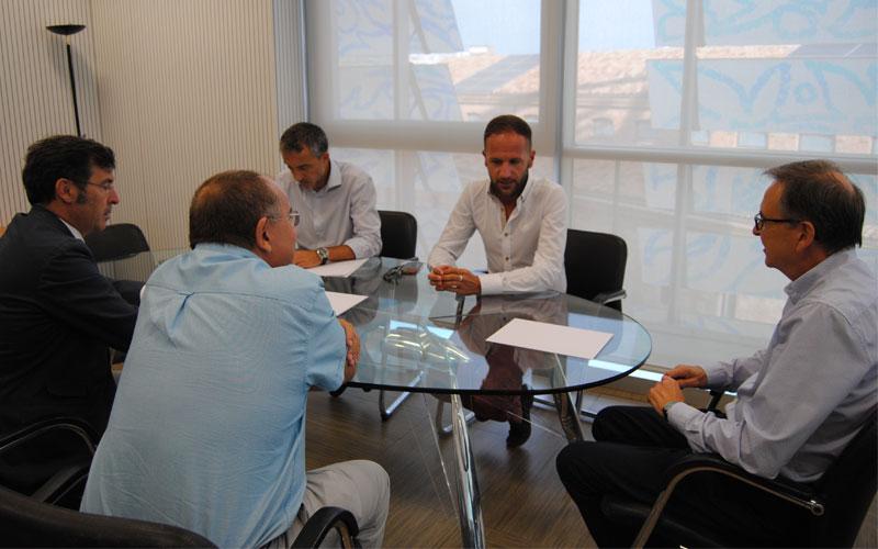 Photo of #Pinoso: Exponen al nuevo Director General de Industria el proyecto de explotación de las canteras