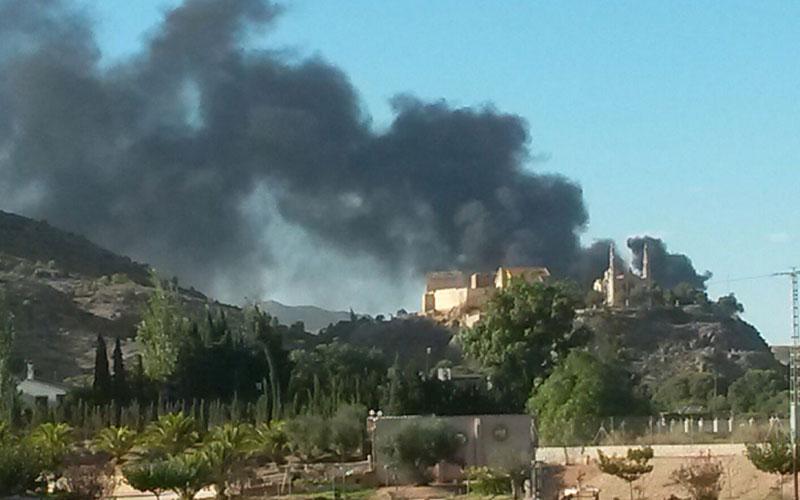 Photo of #Novelda: Exigen a Lurima que realice análisis de humos tras el incendio del vertedero