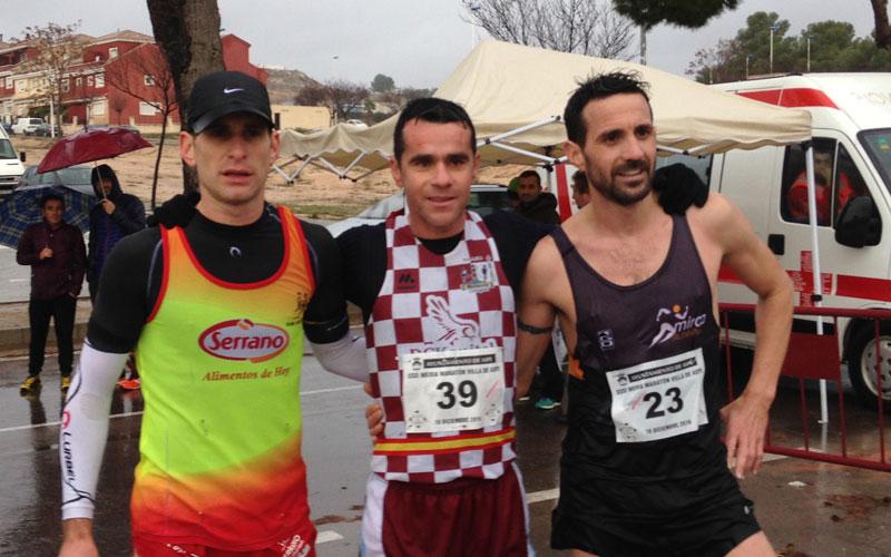 Photo of #Aspe: Raúl Guevara impone su ley en la XXXI Media Maratón