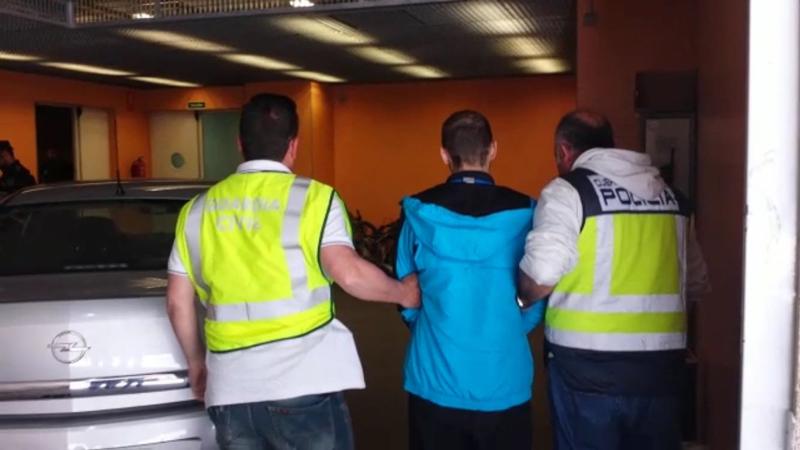Photo of #Sax: Desarticulan un grupo criminal que atracó un bar a punta de pistola