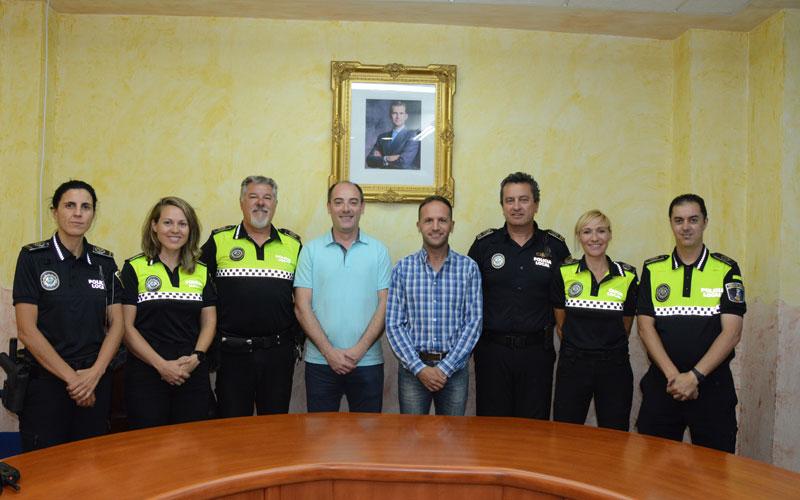 Photo of #Pinoso: Felicitación pública a cuatro agentes de la Policía Local de Pinoso