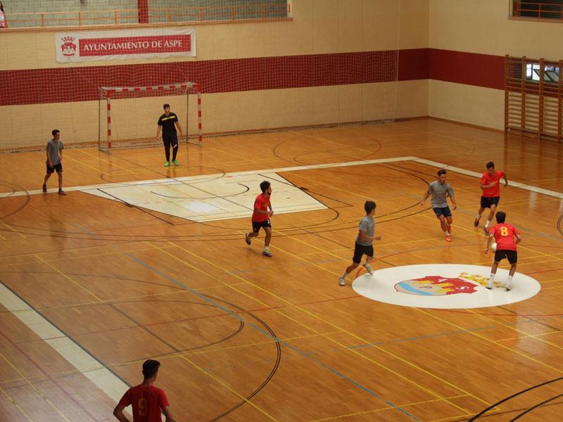 """Photo of #Aspe: 20 equipos participan en el """"Trofeo Ángel María Boronat"""" de fútbol sala"""