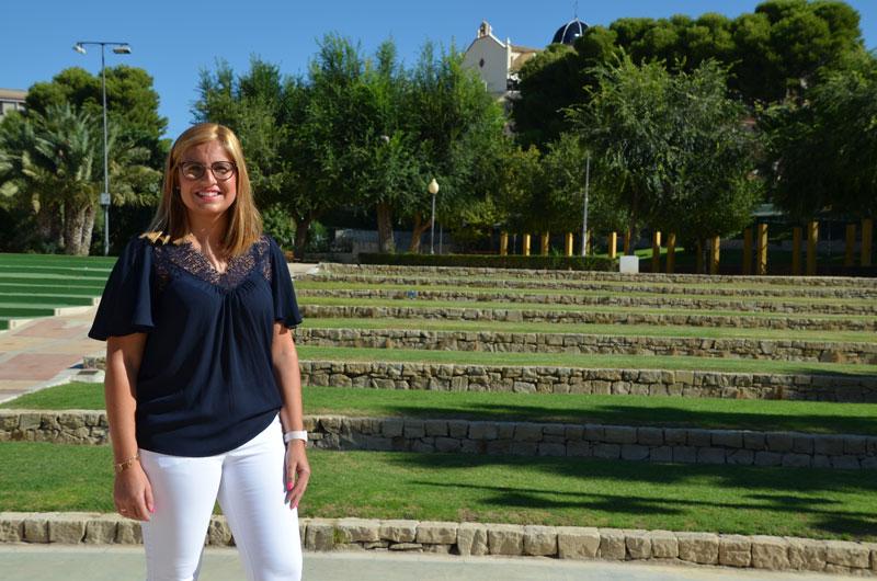 "Photo of #Petrer: Irene Navarro, candidata PSOE: ""Bonificaremos el IBI a las familias que instalen paneles solares"""