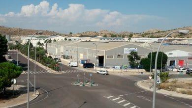 Photo of #Aspe: Reparten mascarilla en los polígonos industriales, zonas comerciales y estación de autobuses