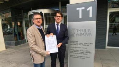Photo of #Agost: Presentan más de 1.200 firmas para reestablecer el autobús a Alicante