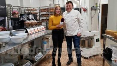 Photo of #Aspe: À Punt Directe visita la pastelería Juanfran Asencio