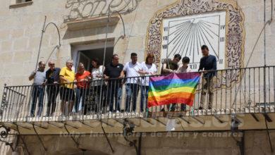 Photo of #Novelda reivindica la diversidad sexual en la vejez en la celebración del Día del Orgullo LGTBI