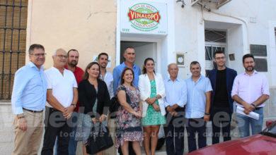 Photo of #Comarca: Alcaldes y Consejo Regulador trasladan a la consellera la difícil situación de la uva de mesa