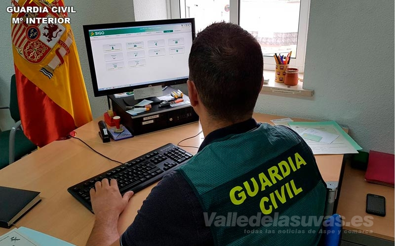 Guardia Civil detención estafa en Novelda