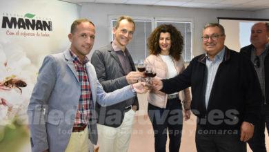 Photo of #Pinoso: El ministro Pedro Duque visita la empresa Mañán Sociedad Cooperativa