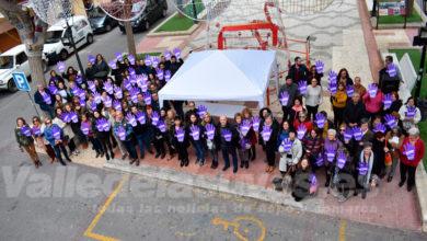 Photo of #Petrer alza la voz contra la violencia machista en la conmemoración del 25N