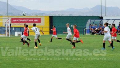 Photo of #Aspe: El Aspe Unión Deportiva presenta en Las Fuentes a sus trescientos jugadores