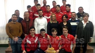 Photo of #Petrer: Reciben al cadete del Santo Domingo Voleibol tras su victoria en la Copa de España