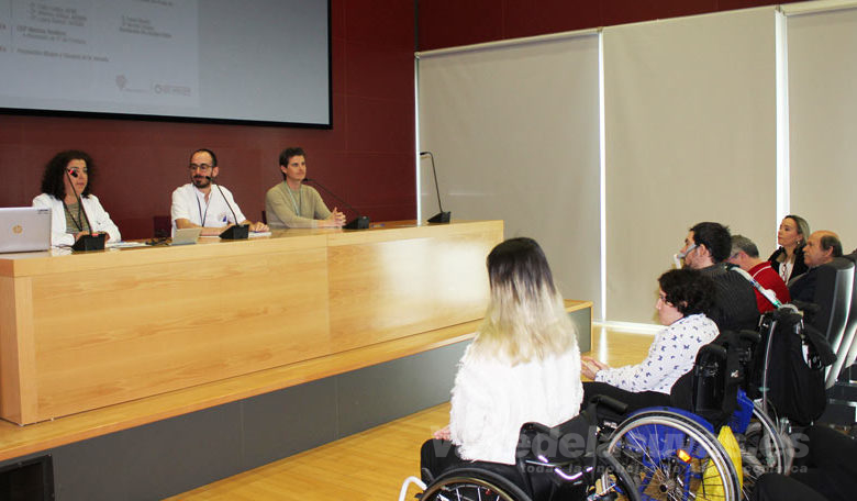 "Photo of #Comarca: El Hospital del Vinalopó sensibiliza a jóvenes con la jornada ""Súbete al carro de la diversidad"""