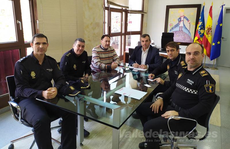 Reunión Policía Nacional alcalde Aspe