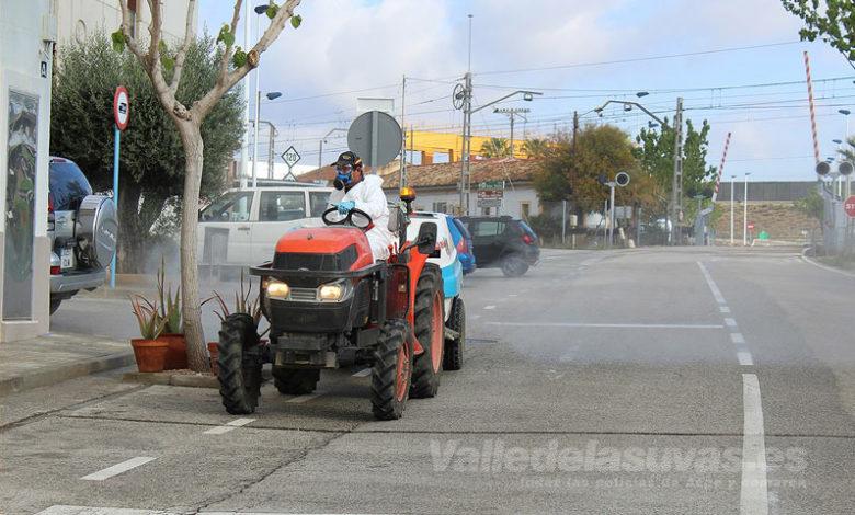 Photo of #Novelda: Los agricultores sacan sus tractores para desinfectar las calles