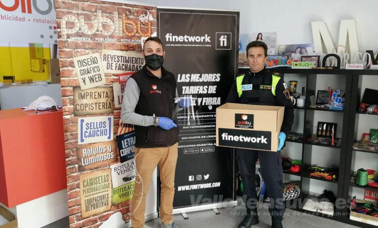Photo of #Elda: La Policía Local sigue recibiendo material sanitario de ciudadanos, comercios y empresas