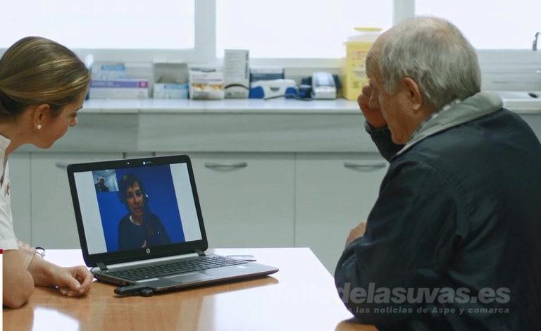 Photo of #Comarca: El Hospital del Vinalopó incorpora un servicio de vídeointerpretación para personas sordas