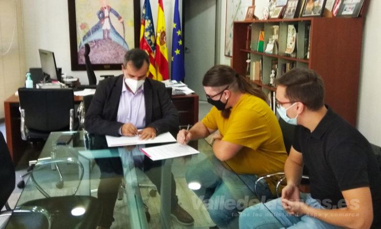 Photo of #Aspe: El Ayuntamiento firma un convenio de colaboración con la Asociación Musical La Esperanza